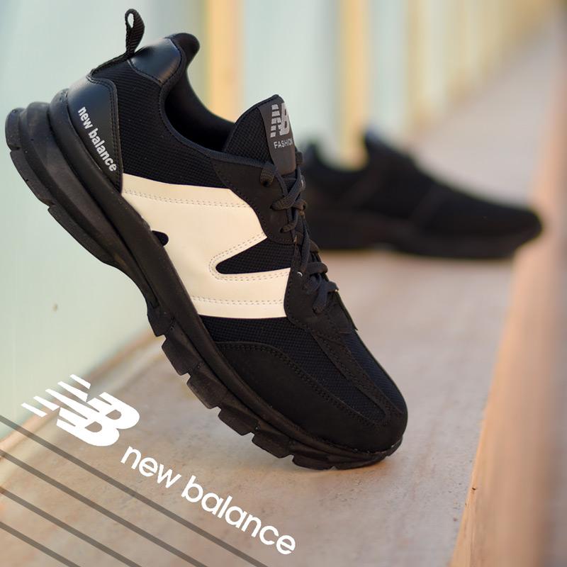 کفش مردانه New balanceمدل Pert(مشکی سفید)